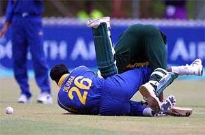 lanka-bowlers-down.jpg