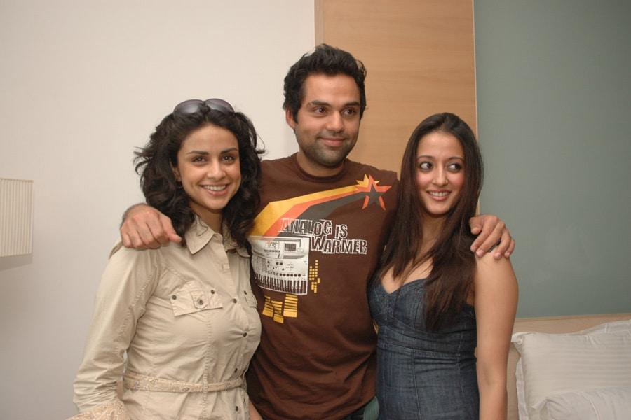 Abhay Deol with his co-stars Raima Sen and Gulpanag