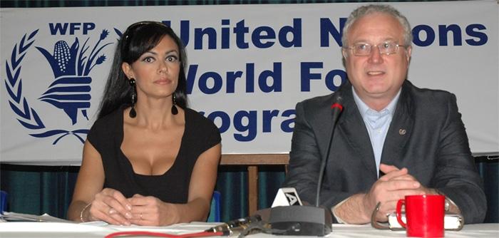 Bond Girl Maria Grazia, Gian Pietro