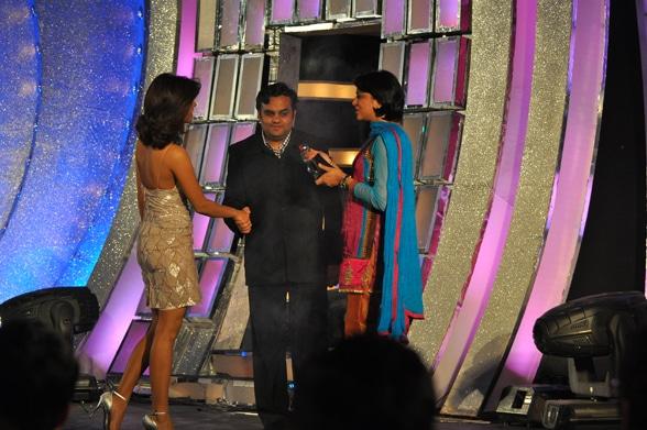 Priyanka Chopra, Venugopal Dhoot, Priya Dutt