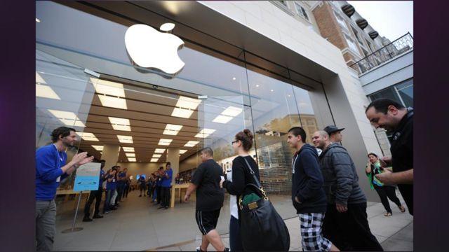 Apple_s_IPhone_5S_In-store_Pickup_Said_To_Begin_Again_Next_Week.jpg