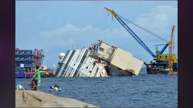 Costa_Concordia_Salvage_Operation_Gets_OK_From_Italy.jpg