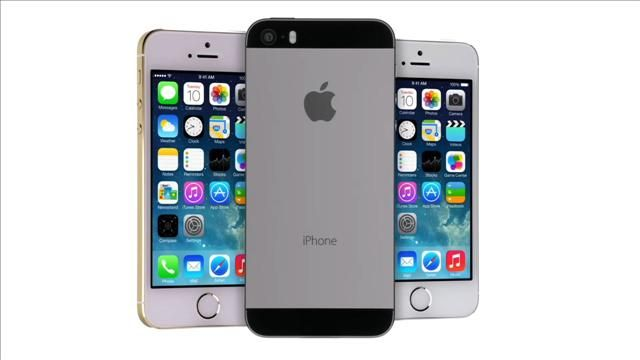 Mossberg_Reviews_the_iPhone_5S_and_iOS_7.jpg