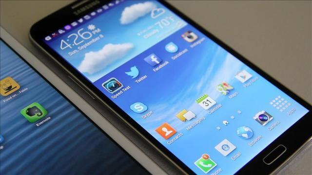 The_Samsung_Galaxy_Mega_Redefines_the__Phablet_.jpg
