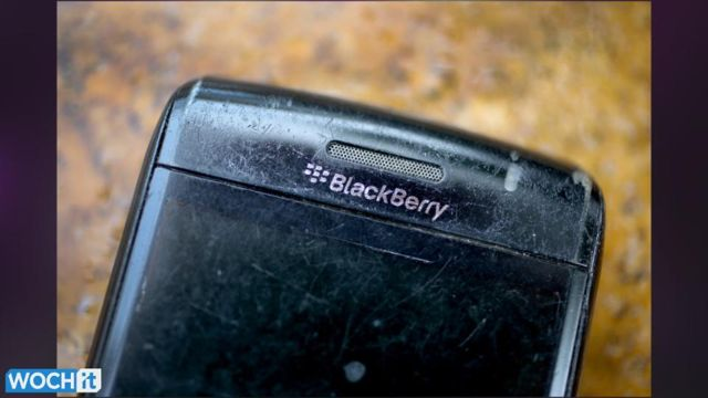 Sorry__Google_Play_Is_Not_Coming_To_BlackBerry.jpg
