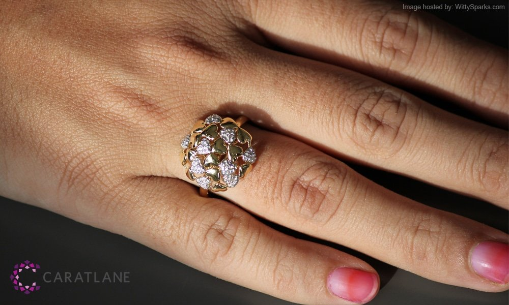 CaratLane - Heart Burst Diamond Ring